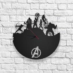 Avengers Figürlü Ahşap Duvar Saati