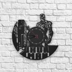 Iron Man City Figürlü Ahşap Duvar Saati