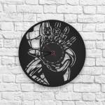 Iron Man Figürlü Ahşap Duvar Saati