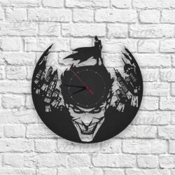Joker vs Batman Ahşap Duvar Saati