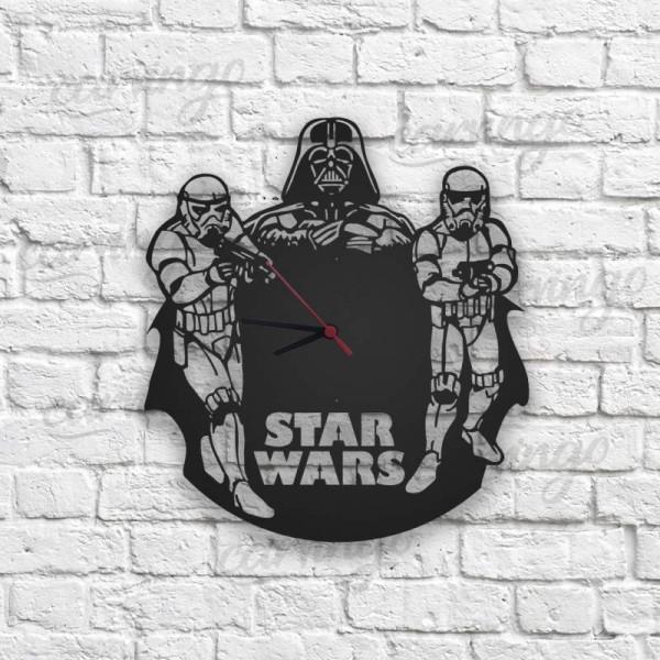 Darth Vader Figürlü Ahşap Duvar Saati
