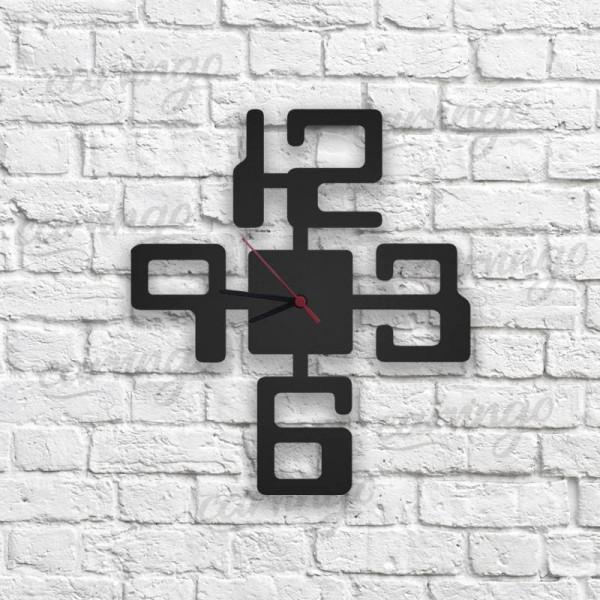 Küp Figürlü Ahşap Duvar Saati