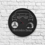 Mercedes Figürlü Ahşap Duvar Saati
