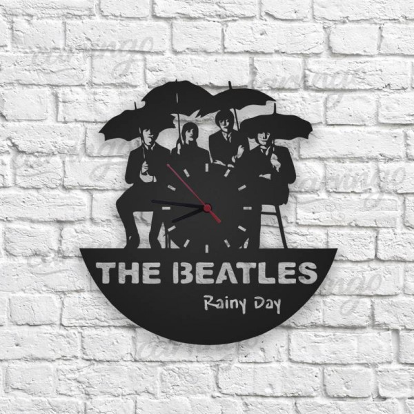 The Beatles Rainy Day Figürlü Ahşap Duvar Saati
