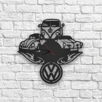 Volkswagen Logolu Ahşap Duvar Saati
